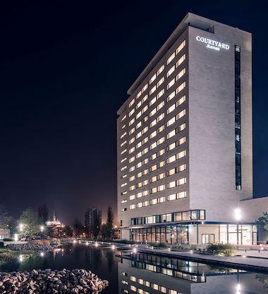 Courtyard by Marriott Brno   Building